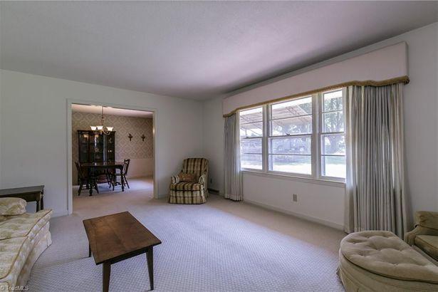 5011 Ellery Court