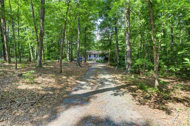 3401 Oak Ridge Road