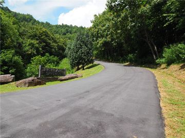 +/- 23.3 acres Highland Springs Drive, Thurmond, NC, 28683,