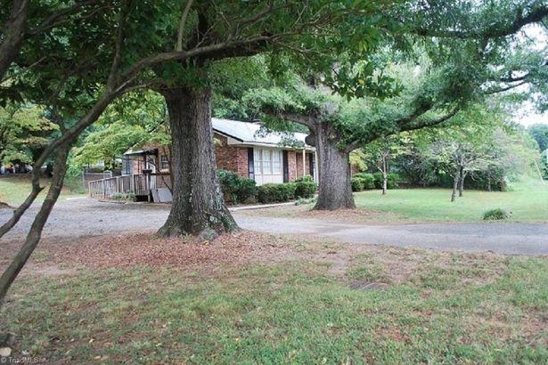 2901 Martinsville Road