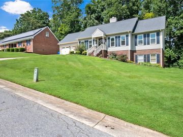 547 Woodland Drive, Graham, NC, 27253,