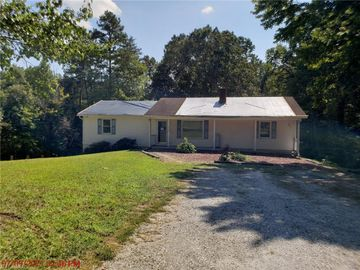6996 Clifton Wood Drive, Walkertown, NC, 27051,