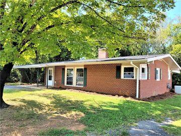 112 Ridge Road, Walnut Cove, NC, 27052,