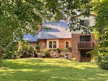 174 Fairfax Drive, Pinnacle, NC, 27043,