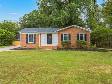 3322 Colony Drive, Jamestown, NC, 27282,