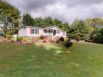 129 Kelly Trail, Mount Airy, NC, 27030,