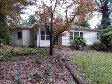 324 E Wilson Street, Mount Airy, NC, 27030,