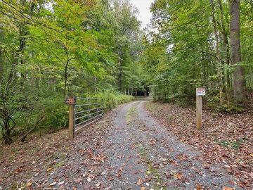 637 Nc Highway 62, Pleasant Garden, NC, 27313,