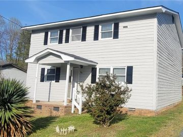 527 Columbia Avenue, Ramseur, NC, 27316,