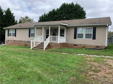 134 Apple Street, North Wilkesboro, NC, 28659,