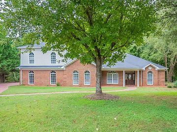 8207 Fox Briar Court, Greensboro, NC, 27455,