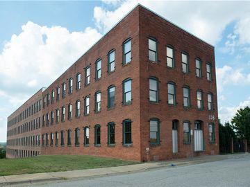 836 Oak Street #302, Winston Salem, NC, 27101,