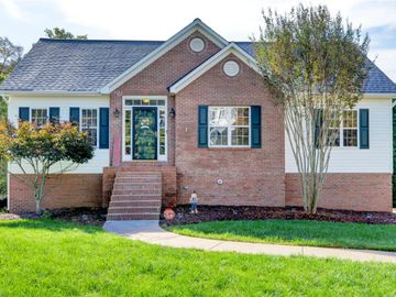 111 Wellesley Place Court, Lewisville, NC, 27023,