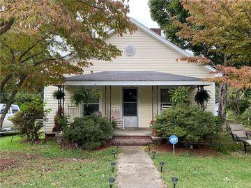1011 Ava Street, Burlington, NC, 27215,