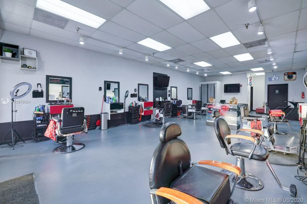 Barbershop By SouthLand Mall