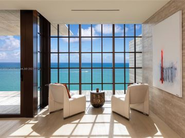 8955 Collins #701, Miami Beach, FL, 33154,