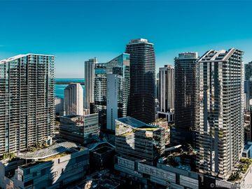 92 SW 3rd St #4505, Miami, FL, 33130,