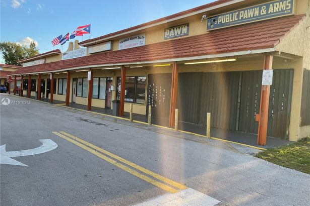 6796 Stirling Road - Business Only