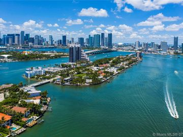 1041 N Venetian Dr, Miami, FL, 33139,