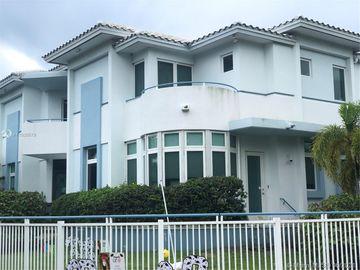 4350 Post Ave, Miami Beach, FL, 33140,