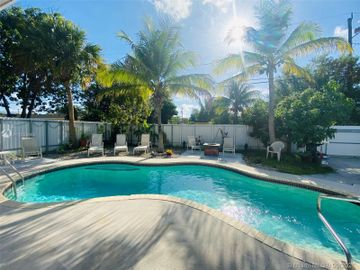 Swimming Pool, 1506 S 19th Ave, Hollywood, FL, 33020,