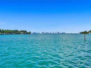 1100 Bay Dr, Miami Beach, FL, 33141,