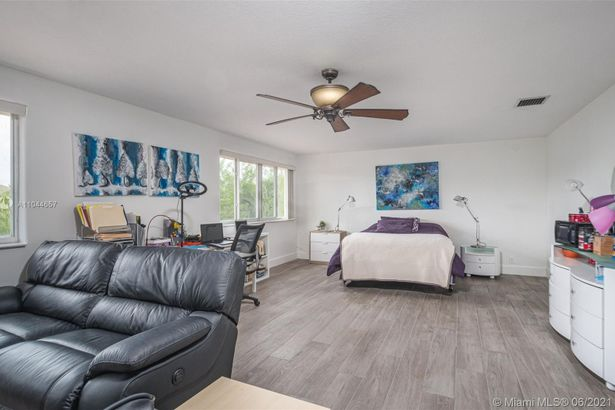 2036 Quail Roost Dr