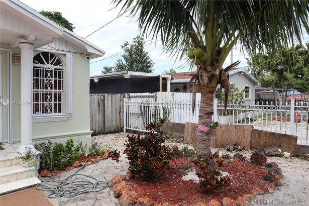 1337 NW 26th St