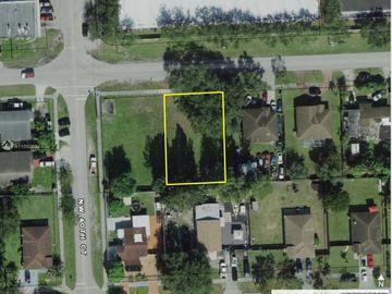 39XX NW 166 Street, Miami Gardens, FL, 33054,