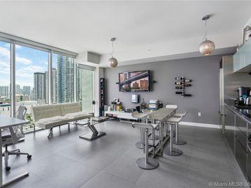 1040 Biscayne Blvd #2208, Miami, FL, 33132,