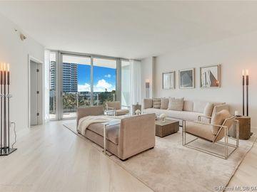 1 Collins Ave #504, Miami Beach, FL, 33139,