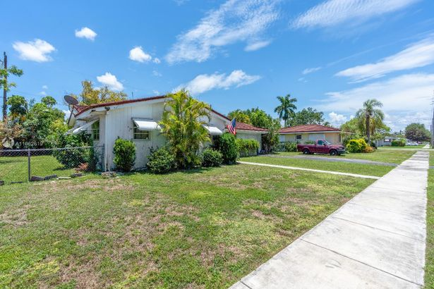 324 NW 19th St