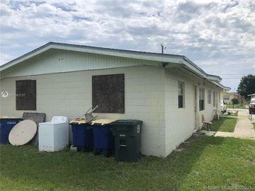 1509 N 16th St, Fort Pierce, FL, 34950,