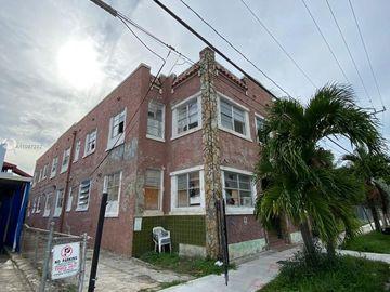 120 NW 7th Ave, Miami, FL, 33128,