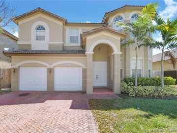 8423 NW 110th Ave, Doral, FL, 33178,