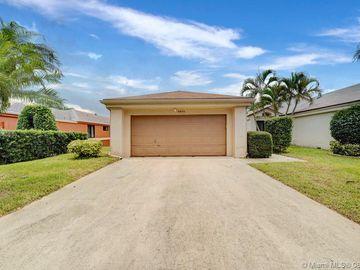 3831 NW 21st Street #3831, Coconut Creek, FL, 33066,