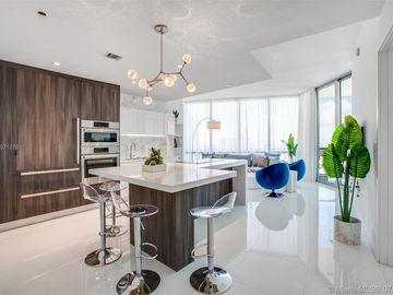 851 NE 1 Avenue #1810, Miami, FL, 33132,