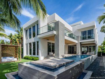 672 S Shore Dr, Miami Beach, FL, 33141,