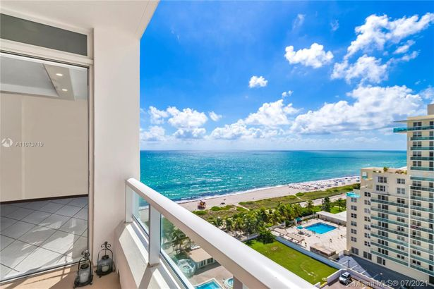 5005 Collins Ave #1517
