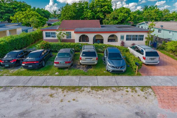 1030 NW 106th St