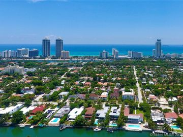 4534 Adams Ave, Miami Beach, FL, 33140,