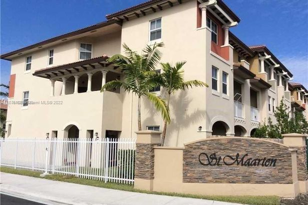 8960 NW 97th Ave #221