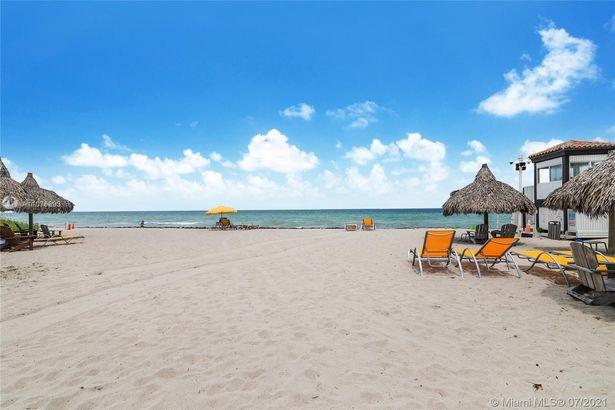 625 Golden Beach Dr