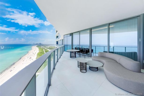 15701 Collins Ave #1902