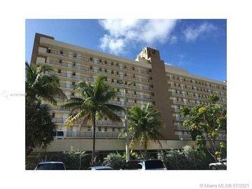 2903 NE 163rd St #203, North Miami Beach, FL, 33160,