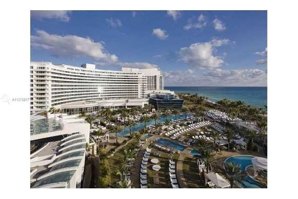 4401 Collins Ave #1508