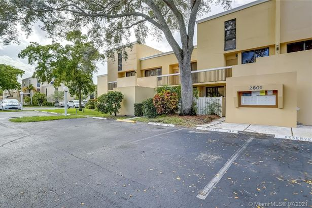 2801 SW 87th Ave #1004