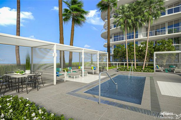 17550 Collins Ave #1205