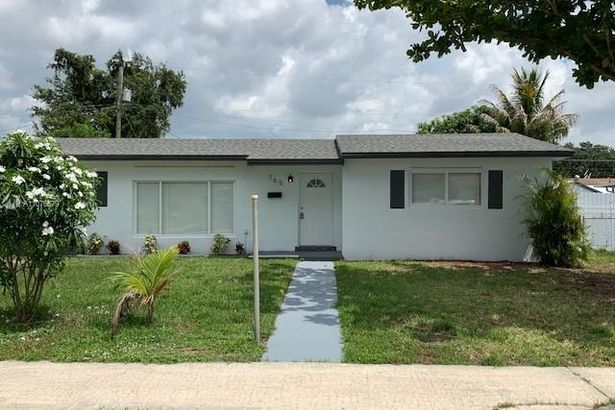 765 NW 178th Ter