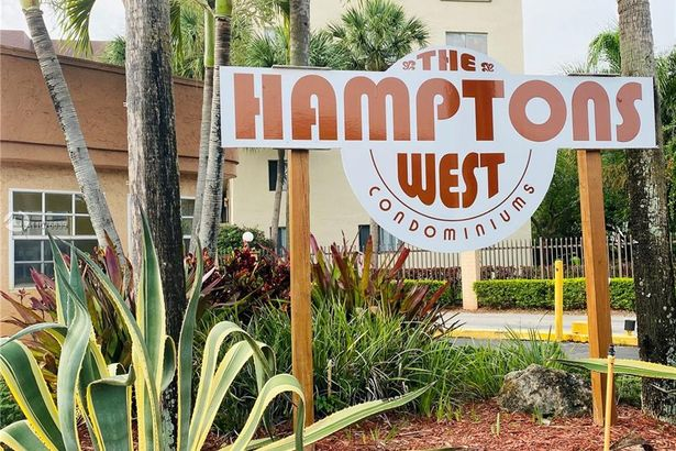8020 Hampton Blvd #505